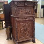 Старинная мебель - тумба
