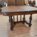 Антикварная мебель - старинный стол