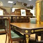 Старинная мебель для столовой
