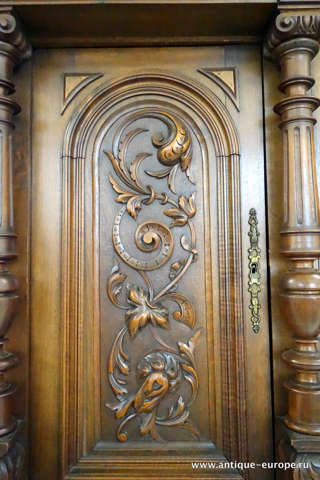 Carving door entry door carved by ramsey for Wood carving doors hd images